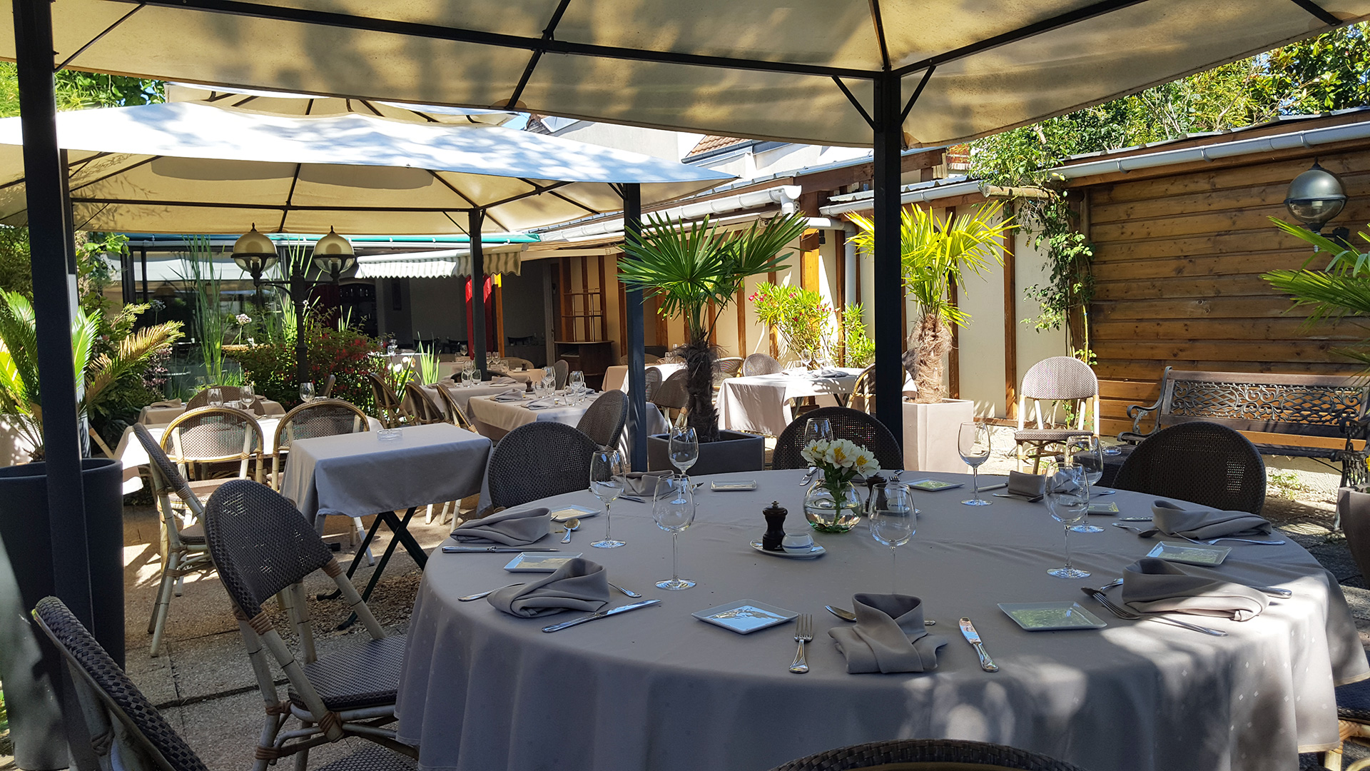 slide-restaurant-saint-nicolas-terrasse